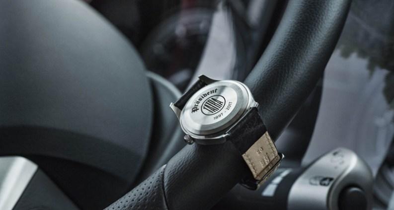 PRIM Präsident  Limitovaná edice hodinek odkazuje na 120leté výročí Tatra  Trucks 011f30c041a