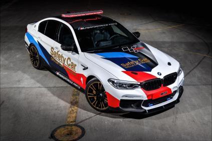 2017-BMW-M5-MotoGP-Safety-Car- (12)