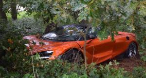mclaren-720s-nehoda-1