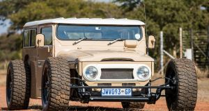 3_land_cruiser_40_hot_rod