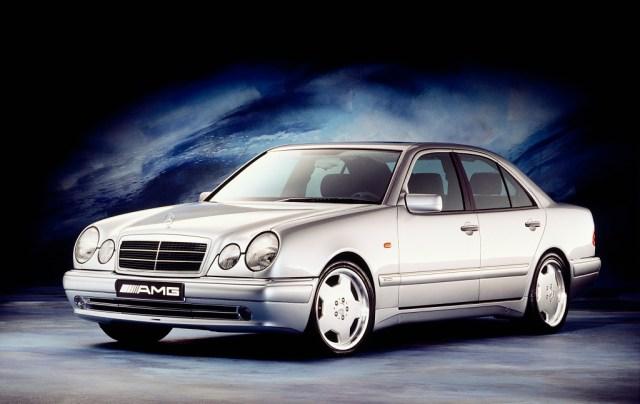 Mercedes-Benz E 50 AMG (1995)