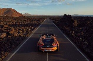 bmw-i8-roadster-facelift-bmw-i8- (32)