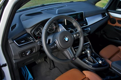 test-2017-bmw-220i-gran-tourer-at- (20)