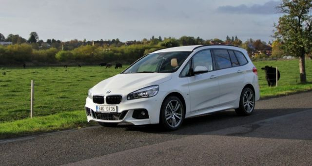 test-2017-bmw-220i-gran-tourer-at-p1