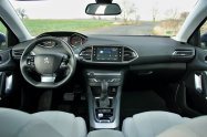 Test-Peugeot-308-SW-20-blueHDi-150-EAT6- (27)