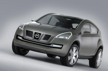 """2003 – Koncept Qashqai """"Byl předzvěstí plánů společnosti Nissan vytvořit nový typ automobilu a inovovat. Stal se základem segmentu crossoverů, který se na evropském trhu v současné době těší značné oblibě."""""""