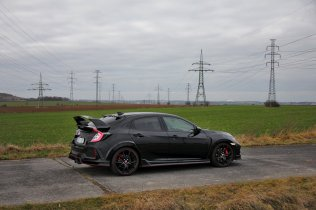 test-honda-civic-type-r-gt-2017- (10)