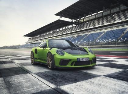 Porsche-911-GT3-RS-6-1