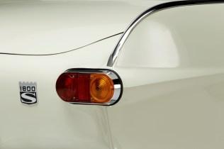1967-Volvo-P1800S-ST1-ze-serialu-The-Saint-Roger-Moore- (12)