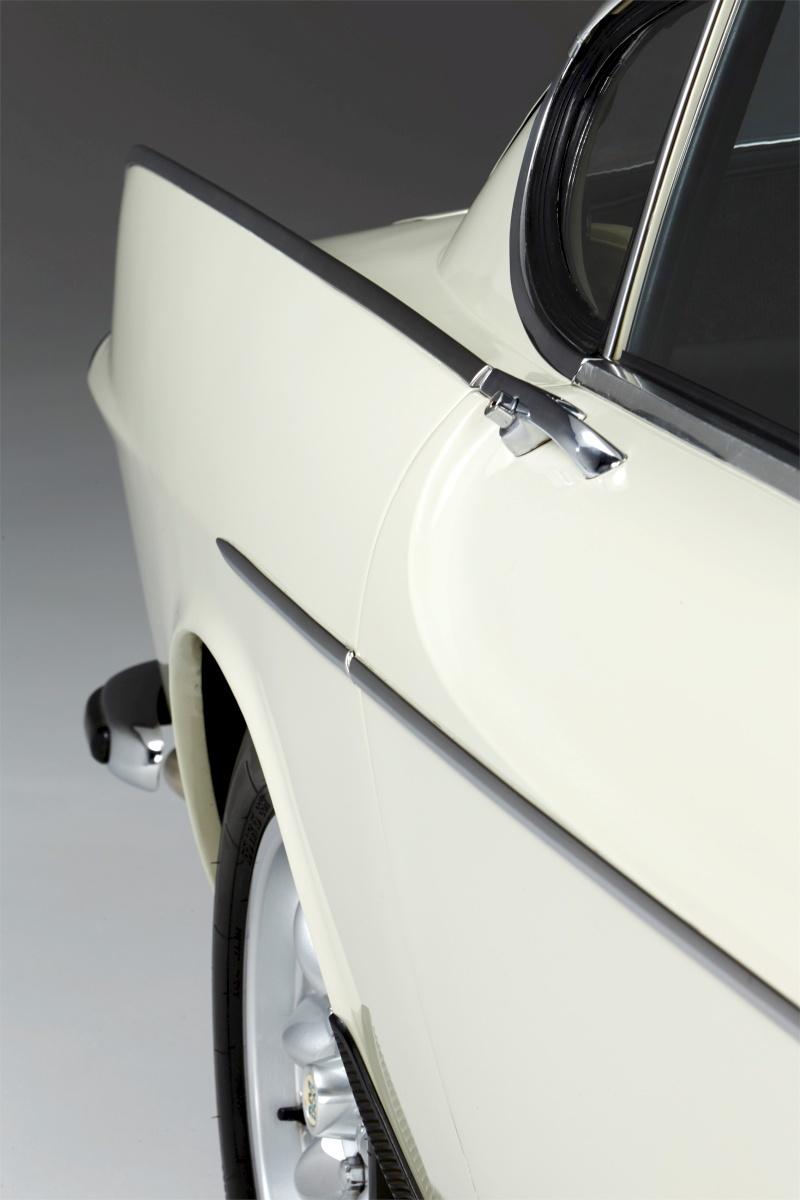 1967-Volvo-P1800S-ST1-ze-serialu-The-Saint-Roger-Moore- (14)
