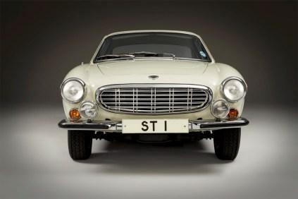 1967-Volvo-P1800S-ST1-ze-serialu-The-Saint-Roger-Moore- (3)