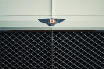 Bentley-Bentayga-Hybrid- (16)