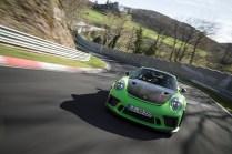 porsche-911-gt3-rs-rekord-nurburgring- (2)