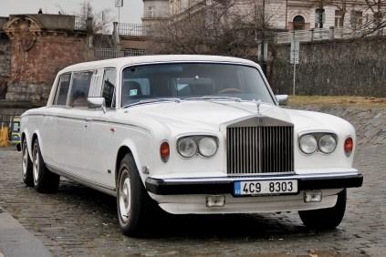rolls-royce-silver-wraith-hooper-limuzina-milan-koubek- (1)