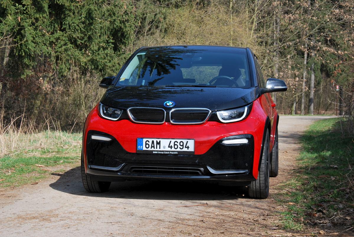 test-elektromobilu-bmw-i3s- (1)