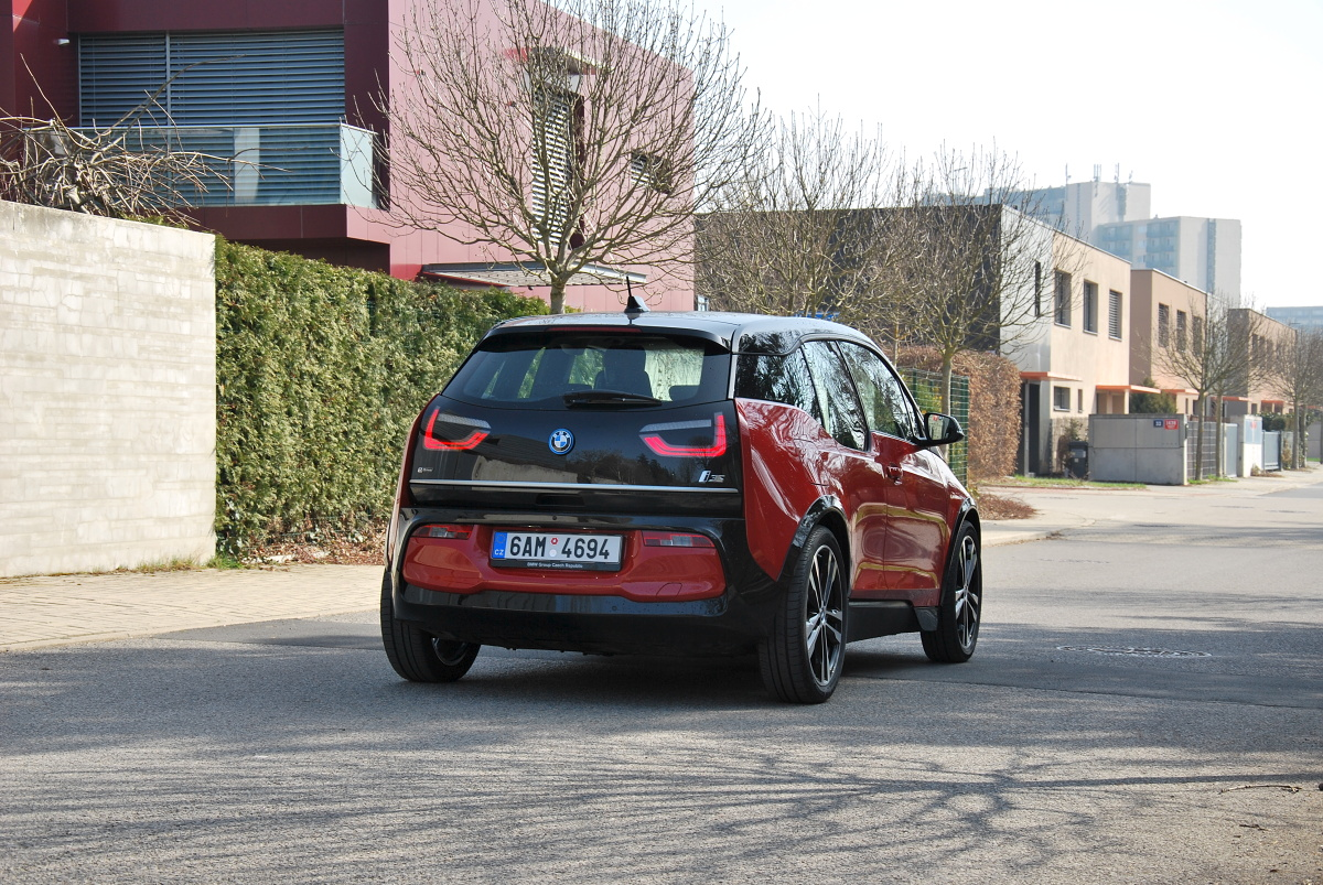 test-elektromobilu-bmw-i3s- (11)