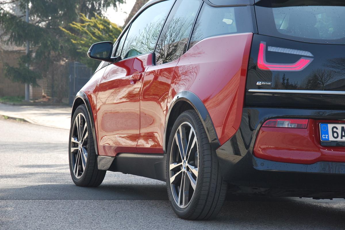 test-elektromobilu-bmw-i3s- (13)
