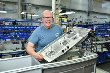 100-tisic-kusu-Volkswagen-California-Made-in-Hannover- (2)