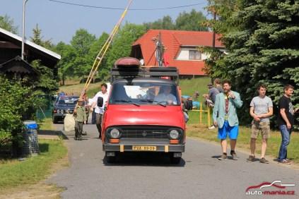 3-sraz-socialistickych-vozidel-hnacov-u-klatov-2016-95