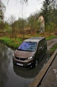 Test-Peugeot-Traveller-20-BlueHDi-150-4x4-Dangel- (10)