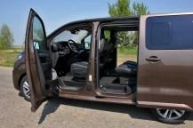 Test-Peugeot-Traveller-20-BlueHDi-150-4x4-Dangel- (26)
