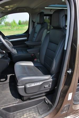 Test-Peugeot-Traveller-20-BlueHDi-150-4x4-Dangel- (36)