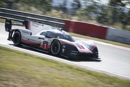 porsche-919-hybrid-evo-rekord-nurburgring-timo-bernhard- (6)