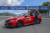 135770_Honda_Civic_Type_R_sets_new_lap_record_at_Estoril_circuit_in_Portugal