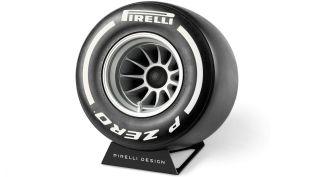 Pirelli-P-Zero-Sound-bluetooth-reproduktor- (8)