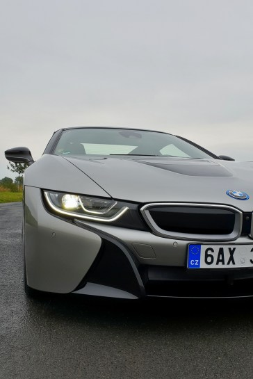 test-bmw-i8-roadster-10