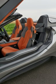 test-bmw-i8-roadster-34