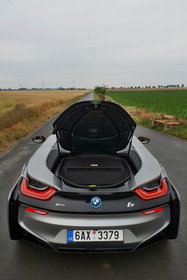 test-bmw-i8-roadster-47