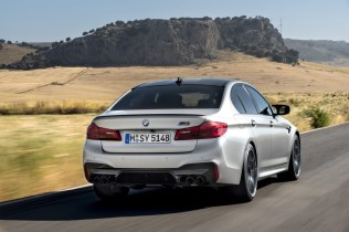 bmw-m5-competition- (10)