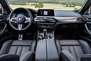bmw-m5-competition- (15)