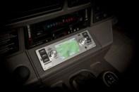 jaguar-land-rover-retro-autoradio-pro-veterany- (2)