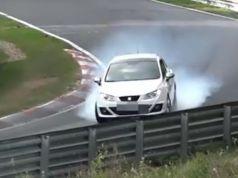 seat-ibiza-nehoda-nurburgring-video