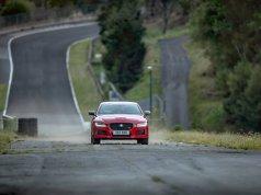 Jaguar XE zajel rekordní kolo na zapomenutém okruhu Circuit de Charade v Clermont Ferrand