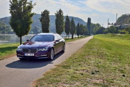 test-2018-bmw-m760i-xdrive-v12- (1)
