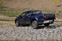 test-2018-mercedes-benz-x250d-4matic- (3)