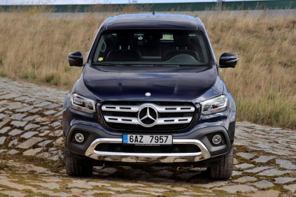 test-2018-mercedes-benz-x250d-4matic- (9)
