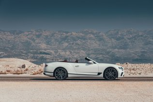 2019-Bentley-Continental-GT-Convertible- (7)
