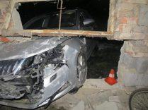 2019-01-nehoda-skoda-octavia-do-garaze- (2)