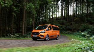 2019-Ford-Transit-Custom-Nugget- (13)
