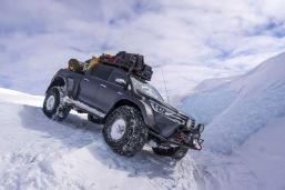 Nokian_Hakkapelitta_44-Arctic_Trucks-expedice-Gronsko-Expeditions7- (10)