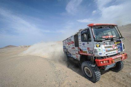 rallye-dakar-2019-tatra-buggyra-racing-3etapa- (1)
