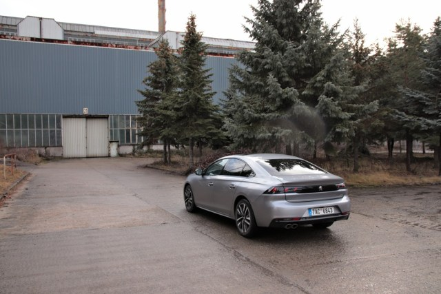 test-2018-peugeot-508-gt-20-bluehdi-180-8at- (4)