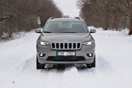 test-2019-jeep-cherokee-22-multijet-200k-4x4-at- (1)