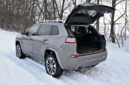 test-2019-jeep-cherokee-22-multijet-200k-4x4-at- (45)