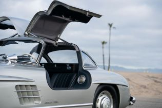 Mercedes 300SL Gullwing (10)