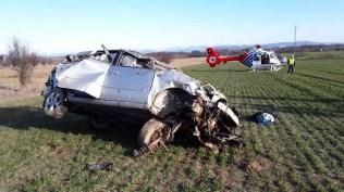 nehoda-kamion-opel-zafira-pcr- (1)